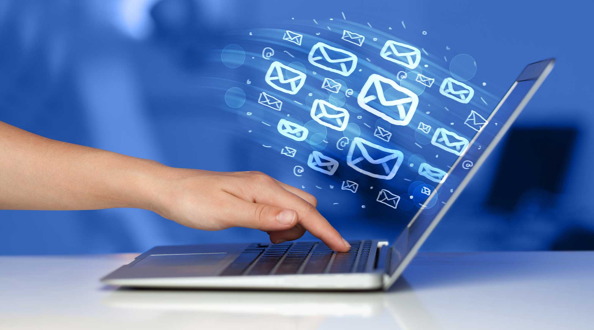 Email-Marketing-Hand-Computer-Emails